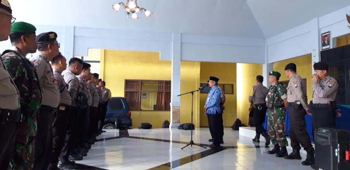 Apel Pergeseran Pasukan Pam TPS Pilkades Tahun 2019 Kecamatan Ranuyoso